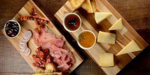 Você sabia que a Queijolambra vai muito além dos seus inconfundíveis queijos?
