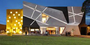 Memória afetiva é tema de musical no Teatro Castro Mendes em Campinas