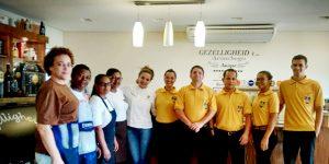 Estudante de gastronomia da UniFAJ destaca importância da graduação e do estágio para a carreira