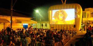 Pedreira apresenta campanha 'Natal com Cinema'