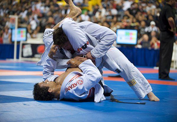 Mestres internacionais de Jiu Jitsu e MMA realizam workshop em Campinas