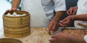 Curso para formação de cozinheiro em alimentação sustentável começa em Campinas nesta terça