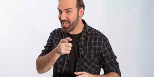 Humorista Diogo Portugal se apresenta em Paulínia neste sábado