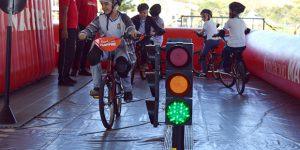 Pista em Itatiba ensina crianças sobre regras de trânsito