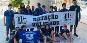 Equipe de natação de Valinhos conquista 33 medalhas em Limeira