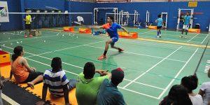 Americana cria projeto para aulas gratuitas de Badminton