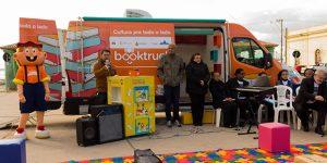 """""""Book Truck"""" é atração em Campinas"""