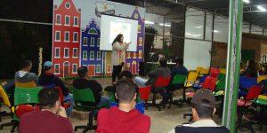 Especialista fala de paisagismo comestível aos alunos da FAAGROH