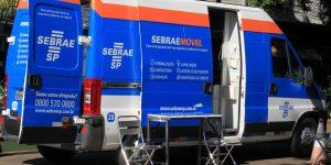 Sebrae Móvel atende empreendedores na Praça Sant'Ana em Vinhedo