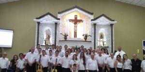 Orquestra de Violeiros de Pedreira participa de Missa Caipira, em Indaiatuba