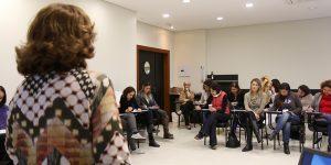 Curso de pós-graduação oferece transição profissional, autoconhecimento e desenvolvimento pessoal