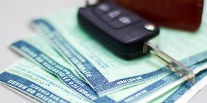 Detran.SP licencia veículos com placas terminadas em 5 e 6 no mês de agosto