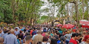 Holambrenses entram gratuitamente na Expoflora até domingo