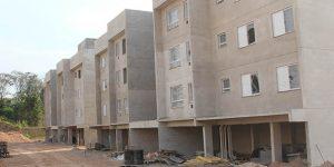 Obras dos apartamentos populares de Vinhedo prosseguem em ritmo avançado