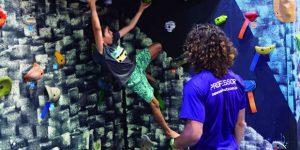 Prefeitura e Sesc trazem torre de escalada para Hortolândia
